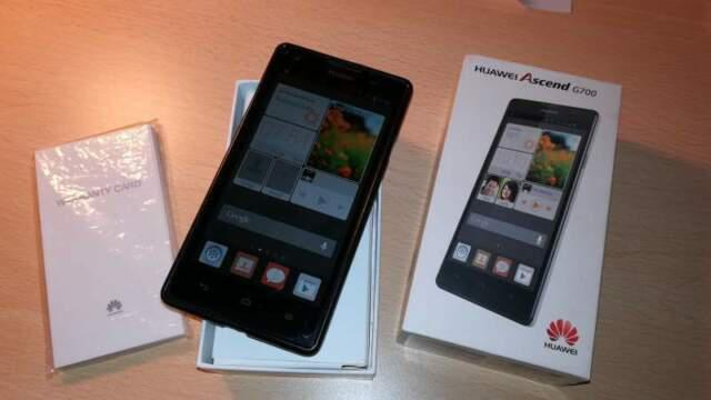 Huawei ascend g700 dual sim