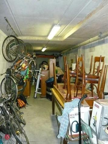 Garage/posto auto in vendita a lainate