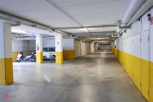 Garage/posto auto in vendita a trento