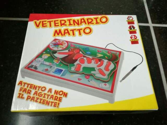 Gioco in scatola veterinario matto