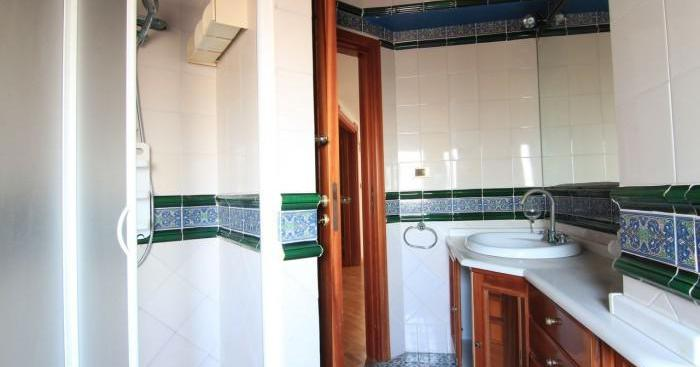 Villa mq 300 vani 6 piano terra