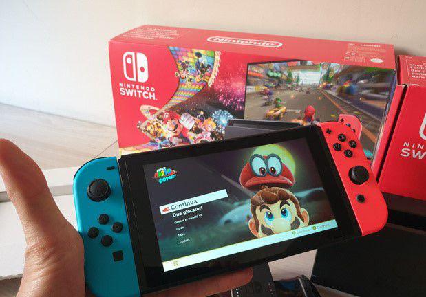 Nintendo switch neon mario kart 8 edition