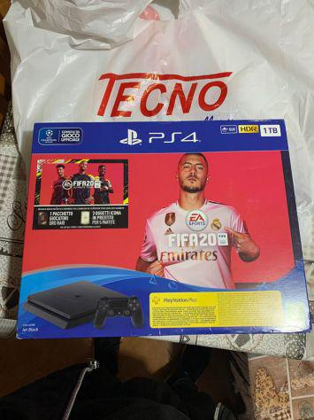 Sony playstation 4 slim fifa 2020 in garanzia