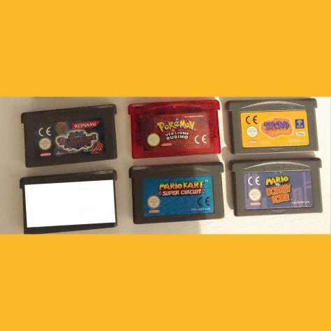 Vendo videogiochi per game boy