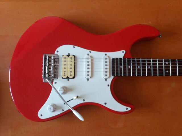 Yamaha eg112 chitarra elettrica stratocaster