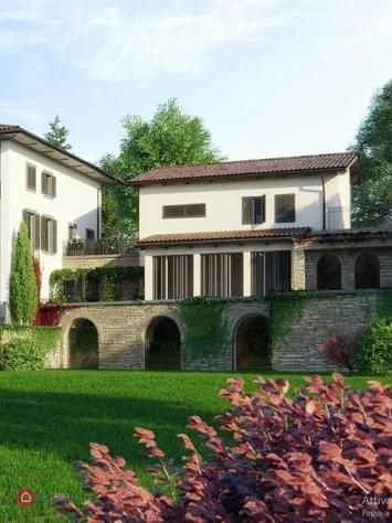 Casa indipendente in vendita a bergamo