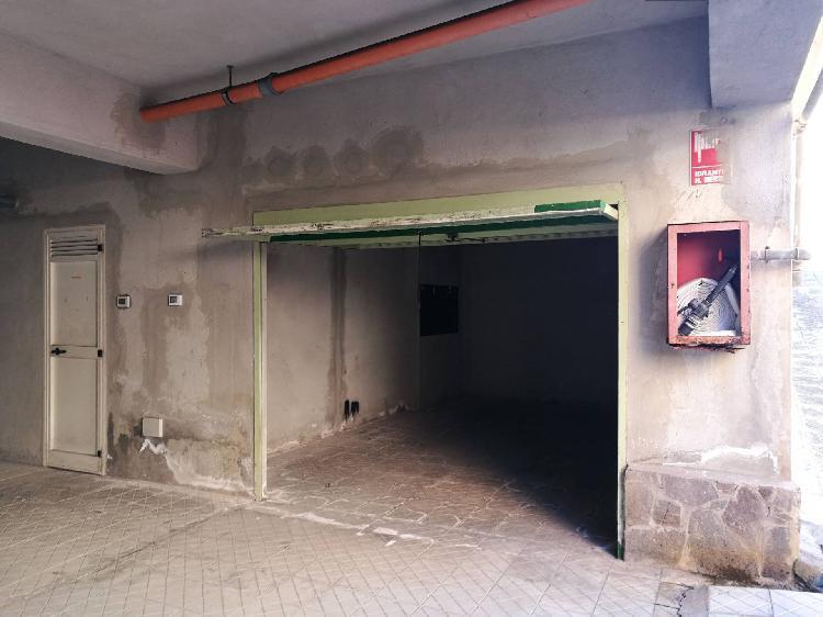 Locale commerciale in affitto a Milazzo