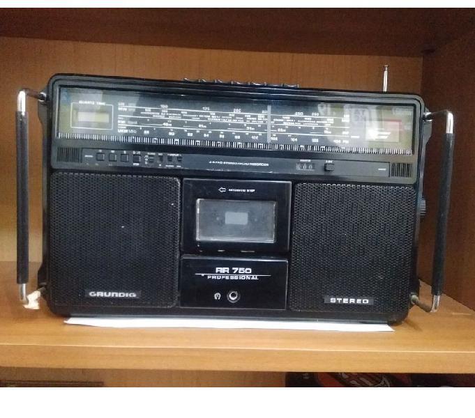 Radio registratore d'annata grundig rr 750 professional