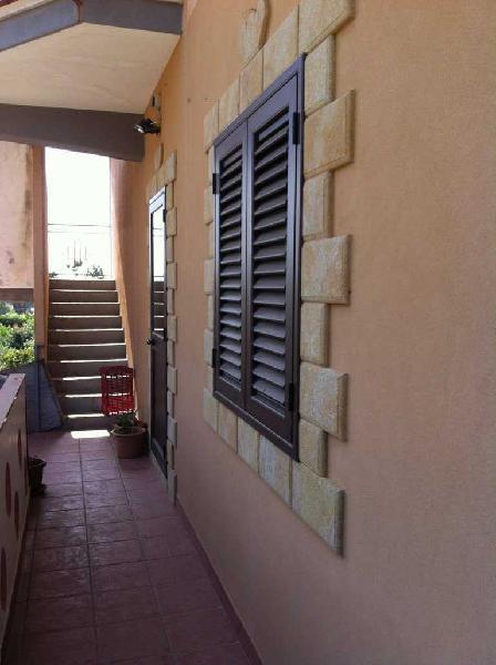 Semindipendente - Porzione di casa a CITTA' GIARDINO,