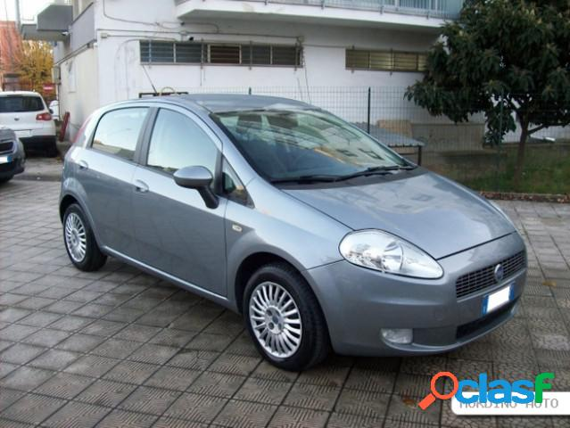 Fiat grande punto diesel in vendita a putignano (bari)