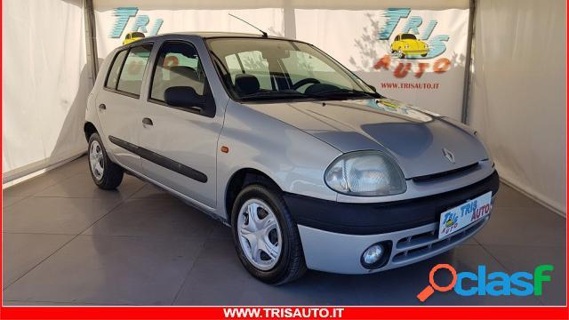 Renault clio benzina in vendita a taranto (taranto)