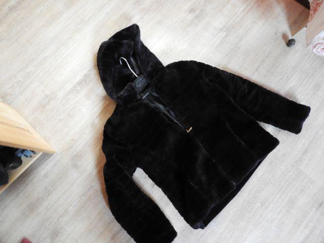 Eco pelliccia nera