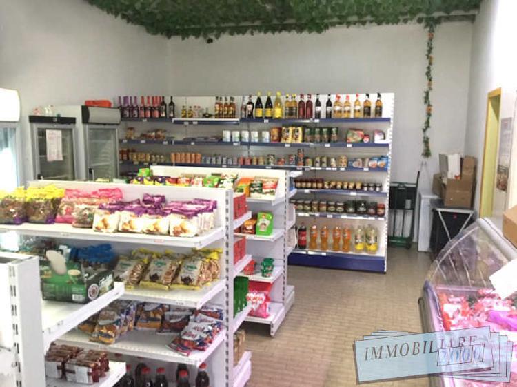Immobili commerciali - negozio a san donato, bologna