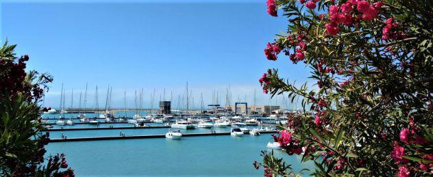 Marina di ragusa villa con vista mare