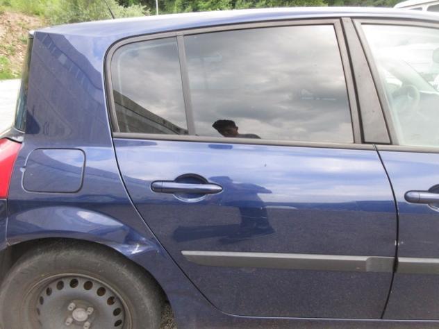 Porta posteriore dx RENAULT MEGANE del 2003