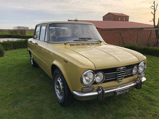 Alfa romeo - giulia super 1300 - 1973