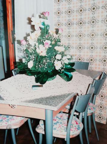 Tavolo da cucina / sala da pranzo con sedie