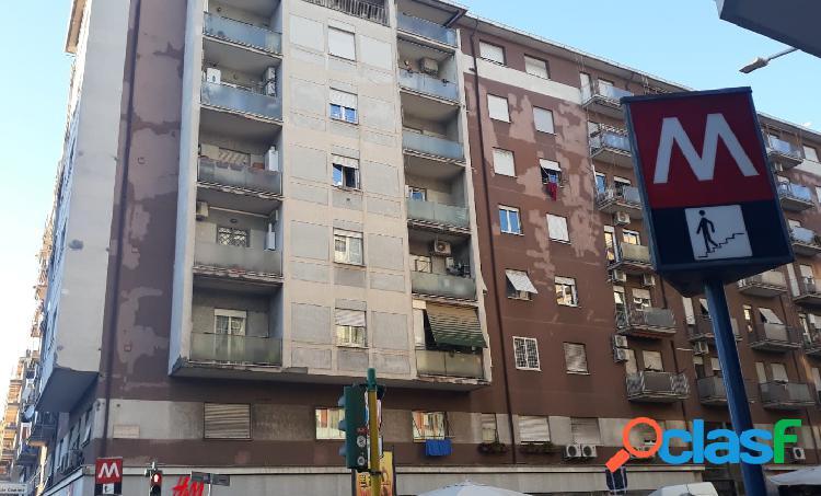 Roma via tuscol - appartamento 5 locali € 229.000 t315