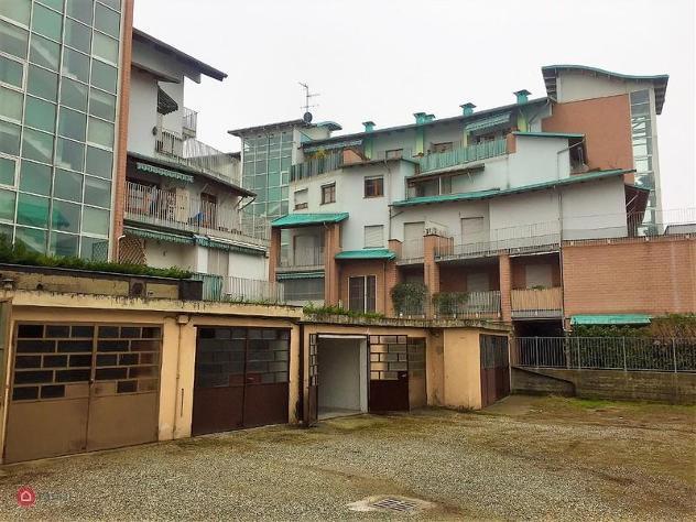 Garage/posto auto di 12mq in strada genova a moncalieri
