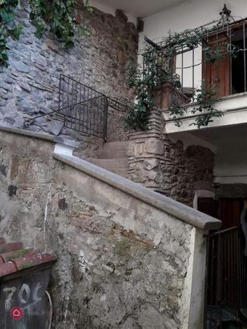Appartamento di 150mq in via fioravanti a bracciano