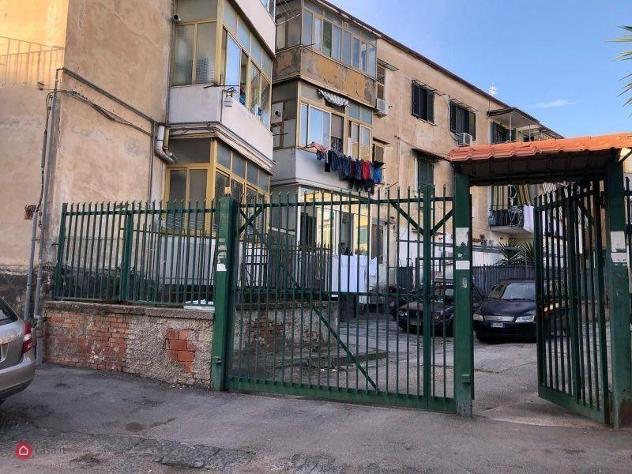 Appartamento di 80mq in Via Daniele Manin a Napoli