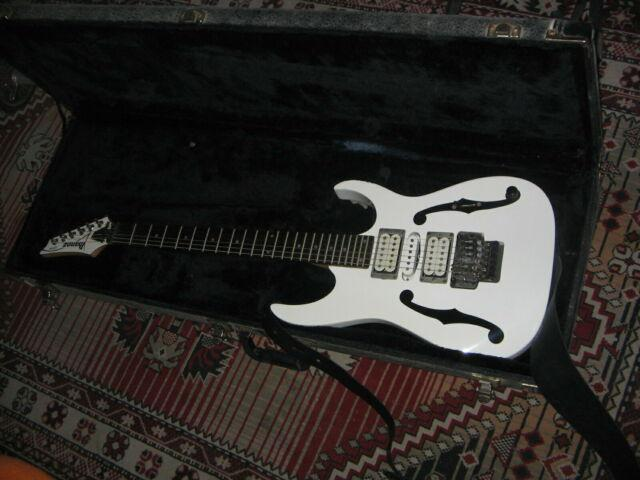 Ibanez paul gilbert pgm3