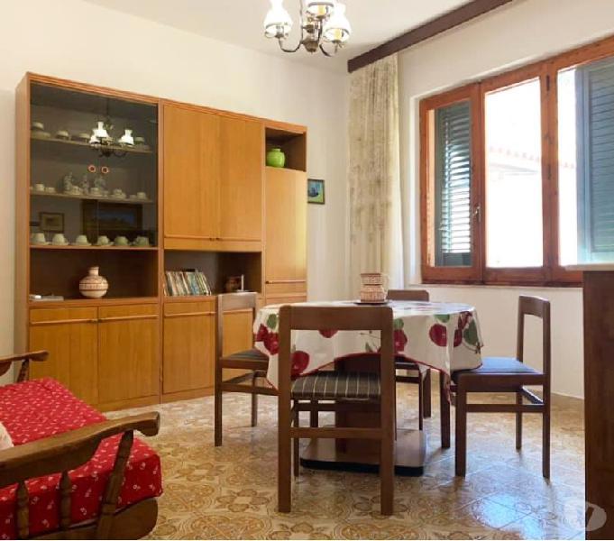 La caletta, appartamento in posizione centrale
