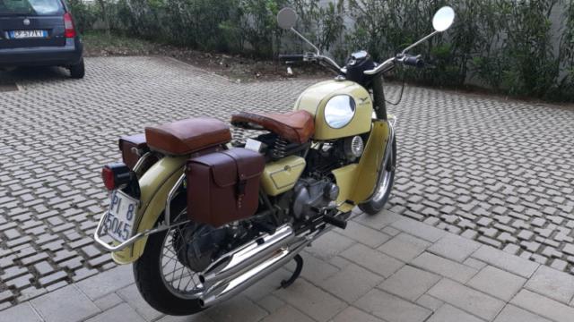Moto guzzi nuovo falcone 500 del 1972