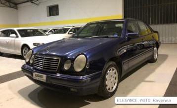 Mercedes classe e 200…