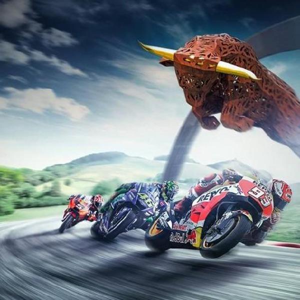 Foto autografata di Andrea Dovizioso//Ducati montata su supporto