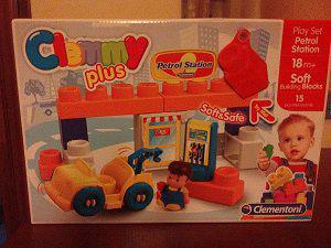 Play set petrol station