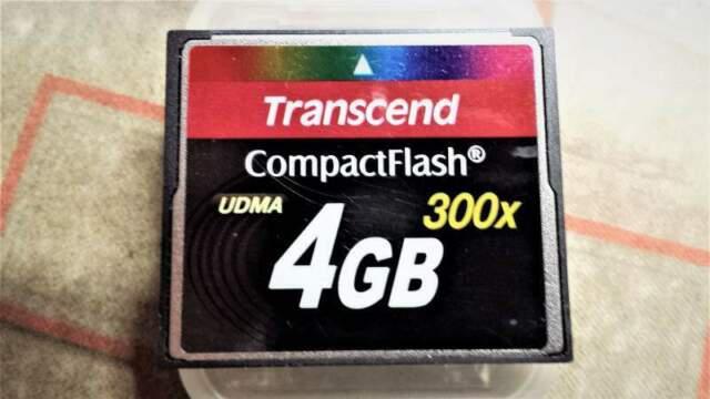 Scheda memoria compact flash transcend 300x udma ts4gcf300