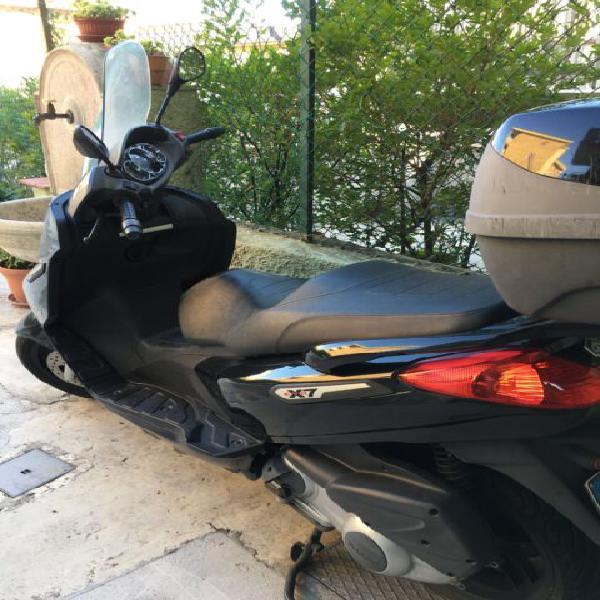 Scooter piaggio x 7 300