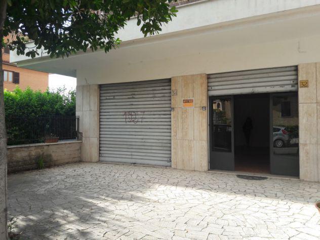 Locale commerciale a reddito via zaccaria betti