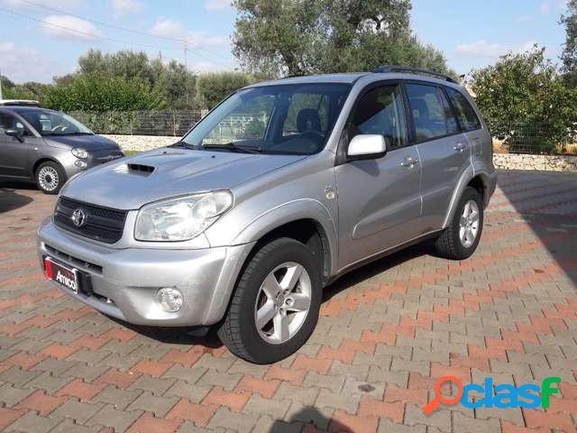 Toyota rav4 diesel in vendita a san michele salentino (brindisi)