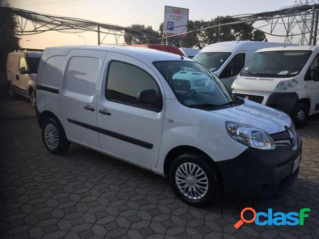 Renault kangoo diesel in vendita a carobbio degli angeli (bergamo)