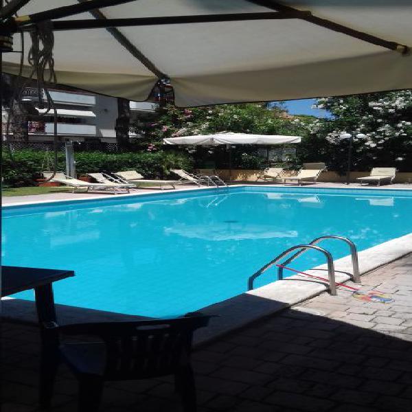 Trilocale in residence con piscina sul mare