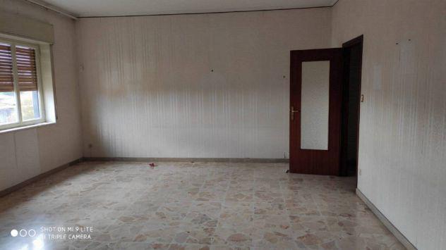 Appartamento 15 vani 400 mq sant'agata li battiati centro