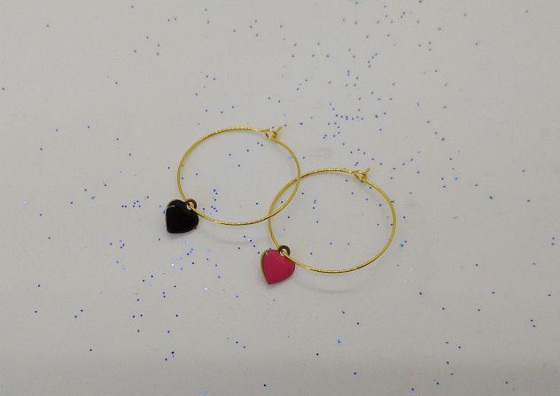 Orecchini a cerchio realizzati a mano di colore oro e