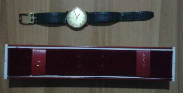 Orologio omega in oro anni 60.