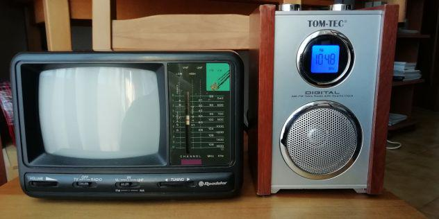 Televisore portatile e radio