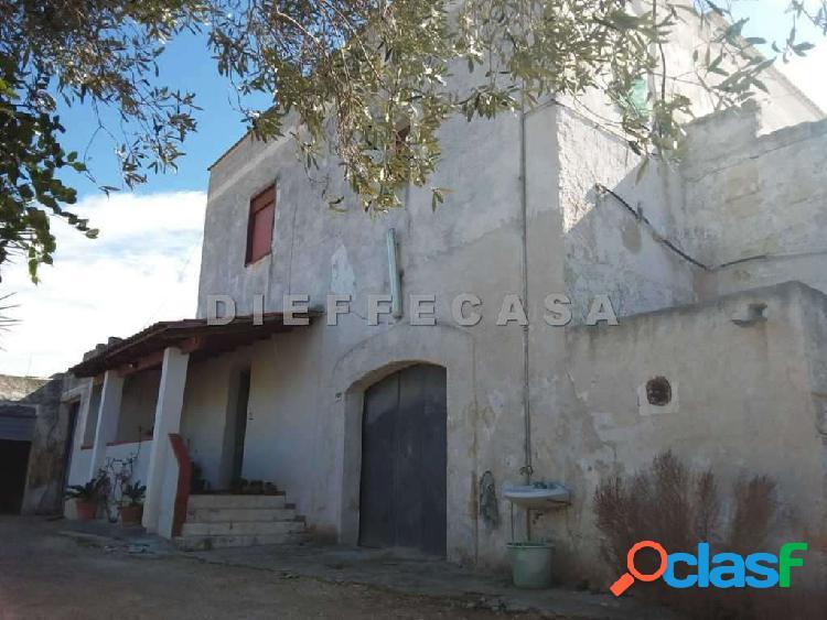 In vendita a marsala antico casale panoramico