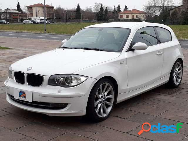 Tappetini in gomma su misura per BMW Serie 1 I E81 E87 2007-2012 set completo