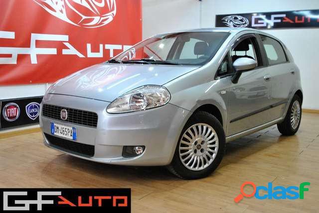 Fiat grande punto benzina in vendita a moncalieri (torino)