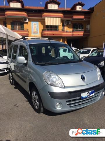 Renault kangoo diesel in vendita a giugliano in campania (napoli)