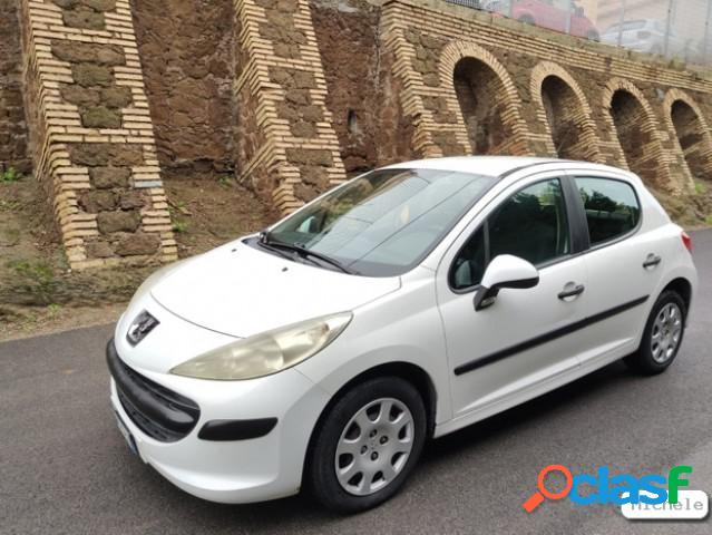 Peugeot 207 benzina in vendita a roma (roma)