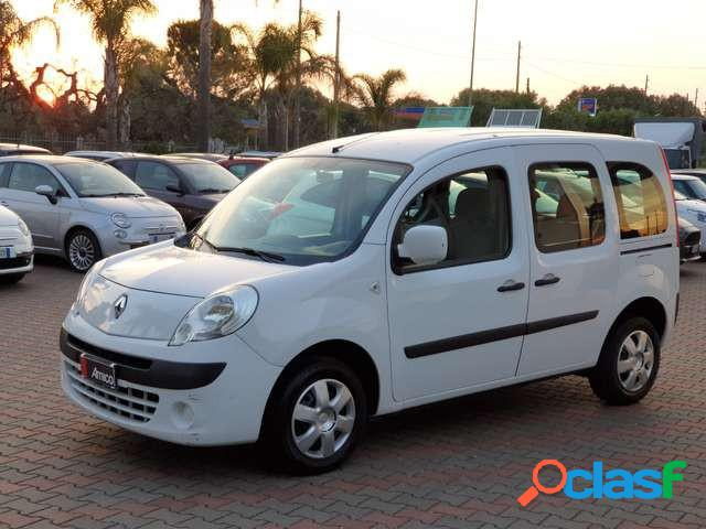 Renault kangoo diesel in vendita a san michele salentino (brindisi)