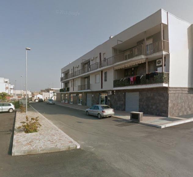 Appartamento arredato 3 vani + acc.ri e box