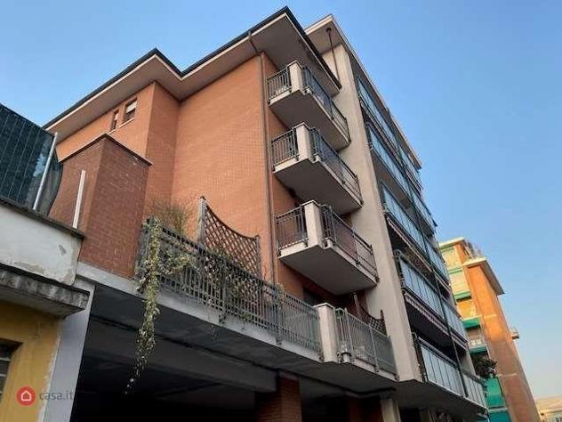 Appartamento di 100mq in via venaria 72/9 a torino