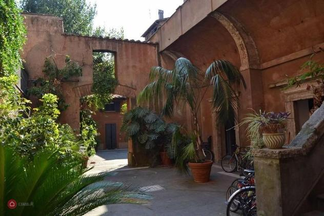 Appartamento di 60mq in piazza di san egidio a roma